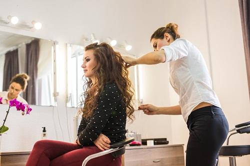 Les avantages d'aller dans un salon de coiffure à Nice
